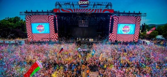 The main stage at Sziget with a big crowd