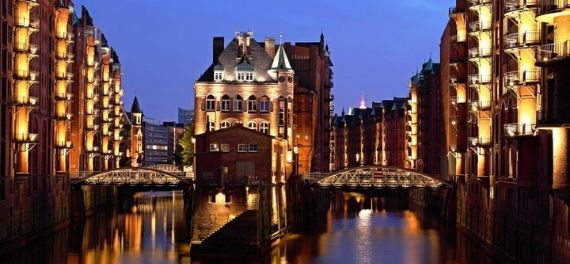 The river through the centre of Hamburg