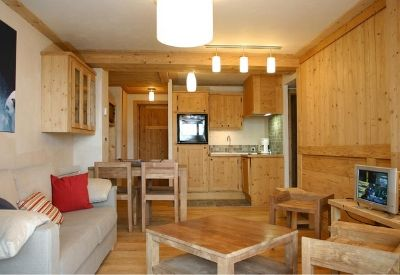 A high quality self-catered apartment at the Residence Cortina in Les Deux Alpes