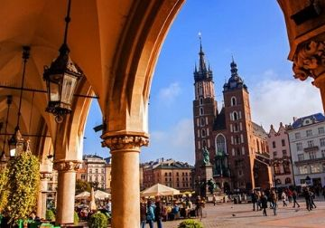 The city square in the centre of Krakow