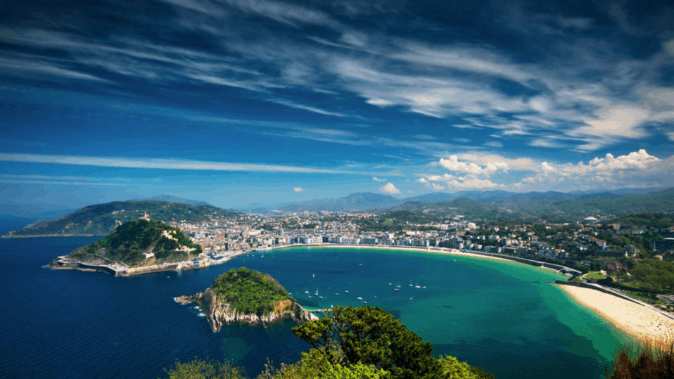 san sebastian beach on a sunny day from above